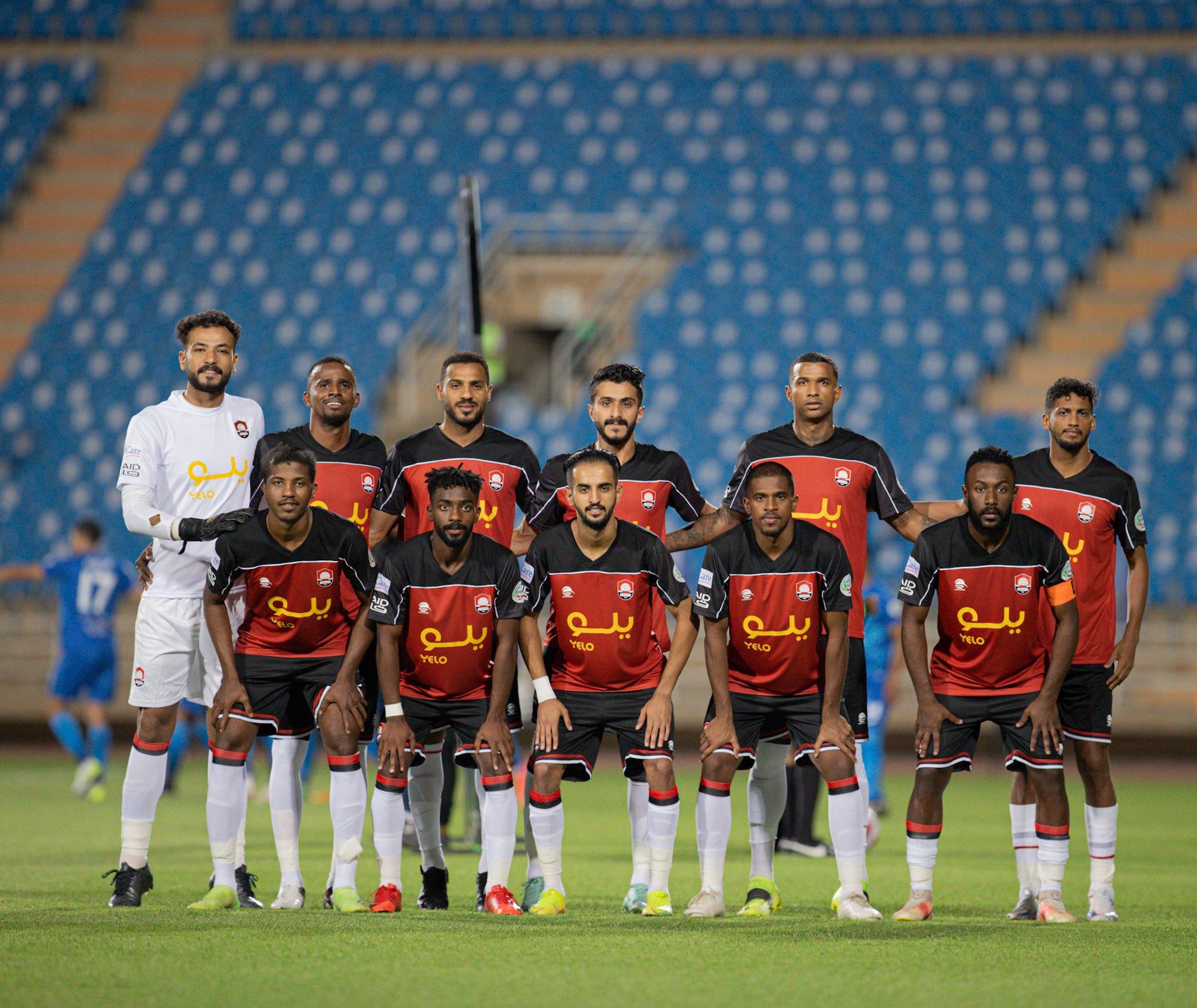صورة جماعية الفريق الاول